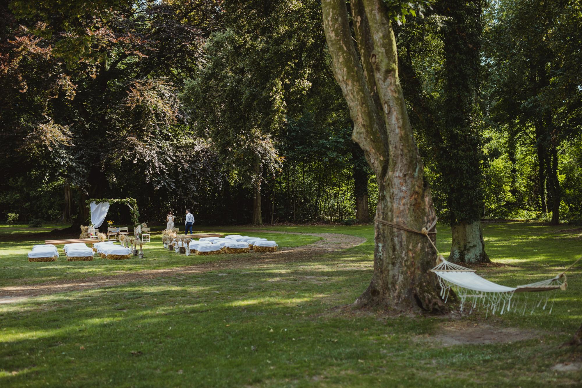 rustykalna ceremonia ślubna wesele w stodole